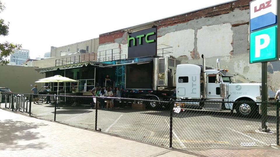 HTC-Vive-bus
