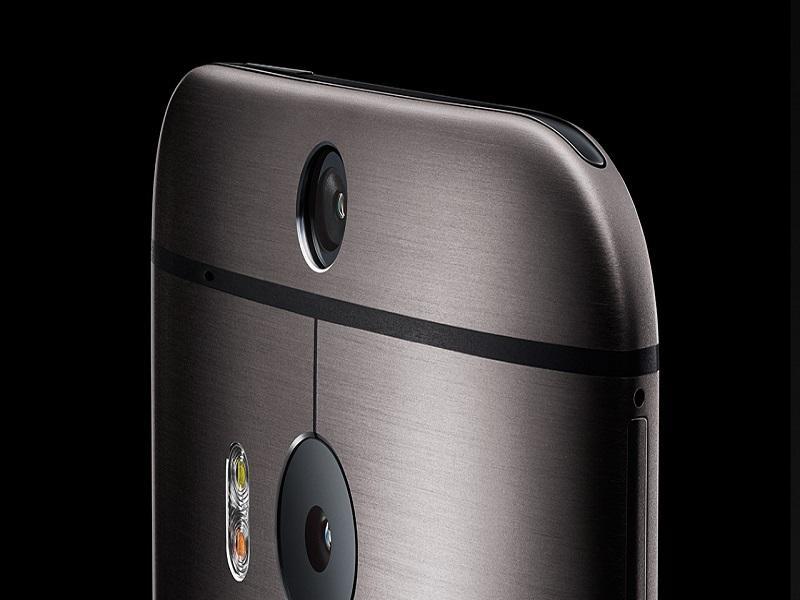 HTC One M8 iPhone 7