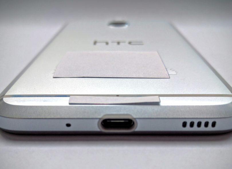 HTC Bolt parte inferiore